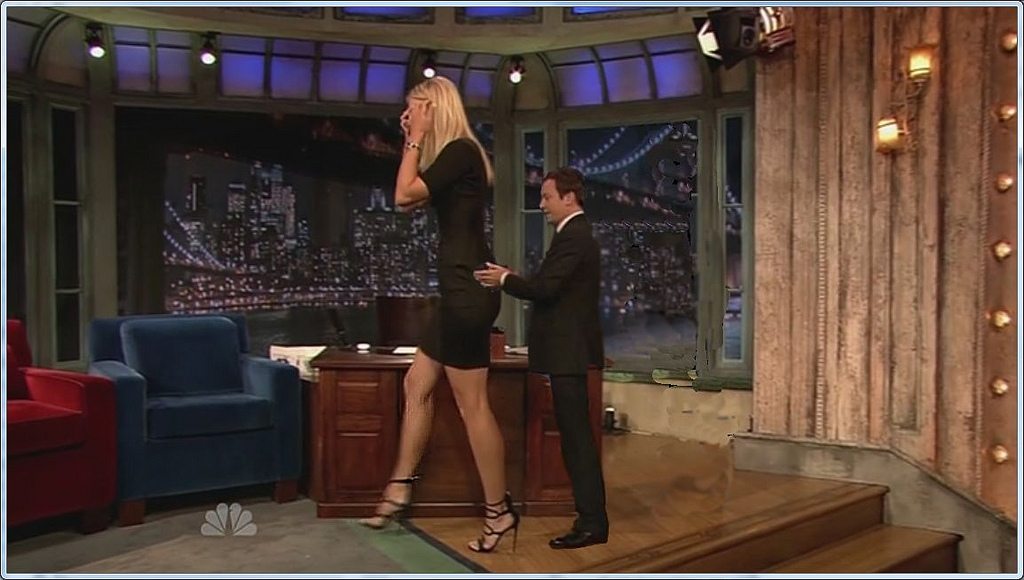 Opinion very midget and tall woman possible tell